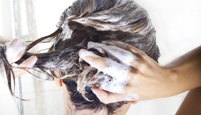 Have Unexplained Skin Issues? This Derm Says Check Your Shampoo