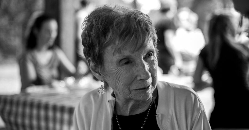 Marie Mongan, Who Developed Hypnotherapy for Childbirth, Dies at 86