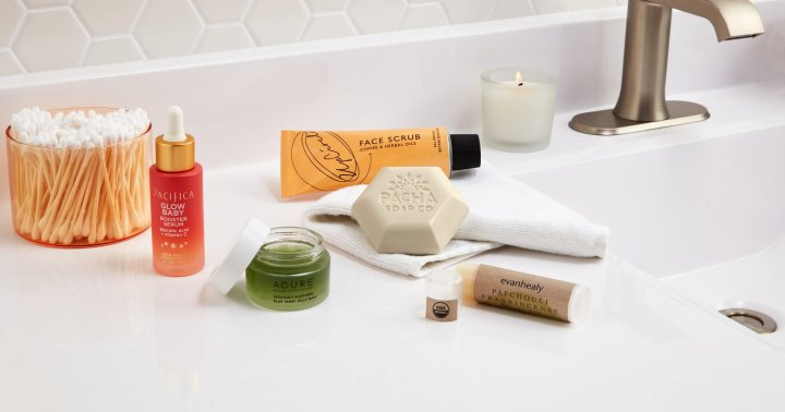 5 Clean Beauty Trends Of 2021, From Whole Foods Market