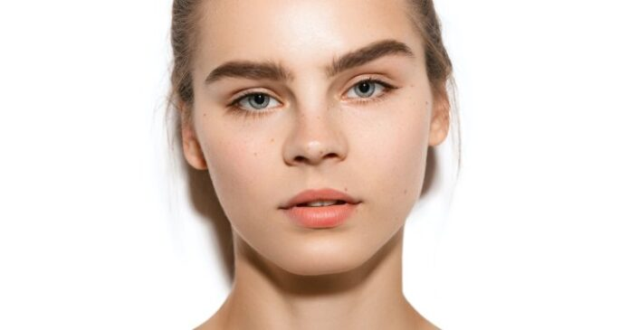 This Universally Flattering Brow Style Is A+ For Every Eyebrow Shape