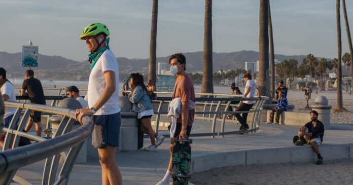 Do We Still Need to Keep Wearing Masks Outdoors?