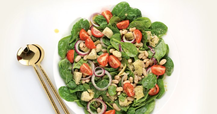 A Simple Yet Filling Artichoke, Spinach, & White Bean Salad