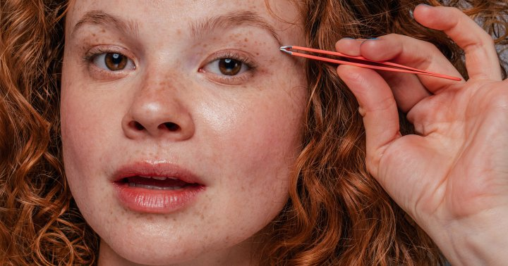 4 Tips If You've Over-Plucked Your Eyebrows, From Experts
