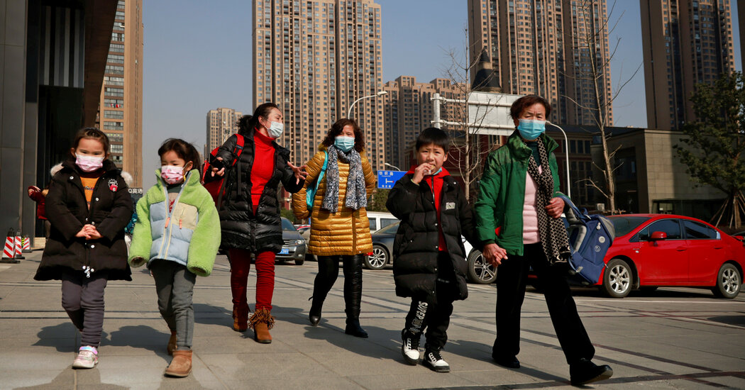 For China's Single Mothers, a Road to Recognition Paved With False Starts